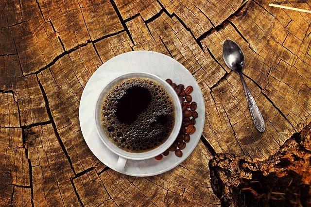 lire l'avenir dans le marc de  café