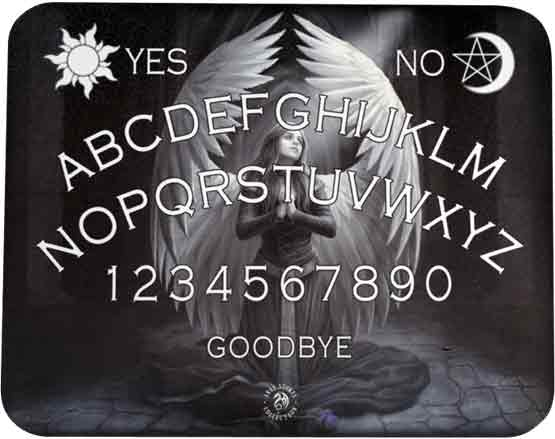invoquer les esprits avec une planche de Ouija